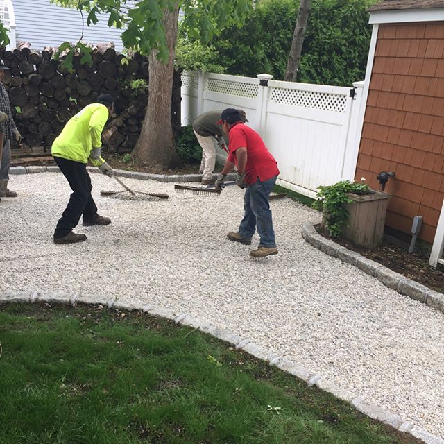 Working On Stone Driveway In Hamptom Bays 4 Palermo Paving