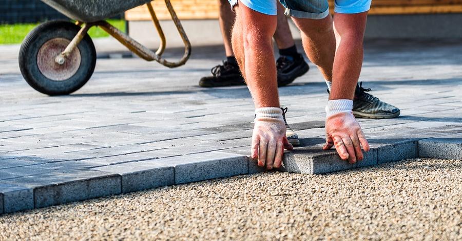 Patio Pavers vs Concrete Slab