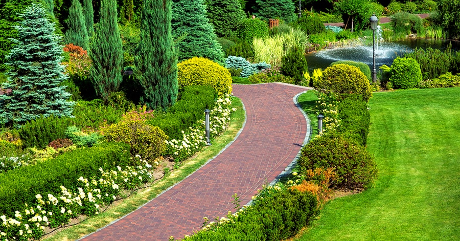 9 Creative Sidewalk Design Ideas to Inspire Your New Walking Path